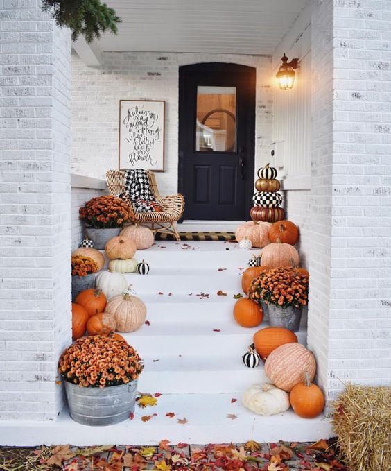 rental halloween decorations