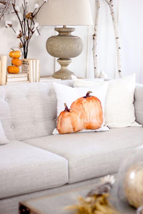 Halloween decorating rental