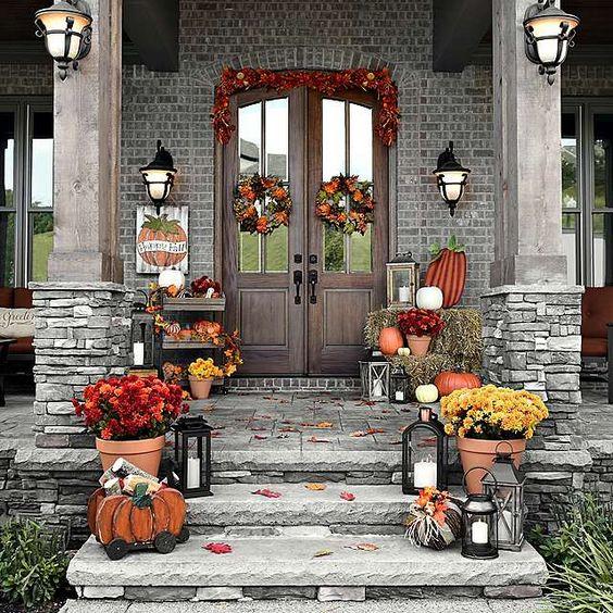 Halloween rental decor